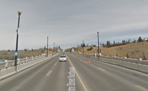 calgary-centre-street-bridge-hill-training-running-x2