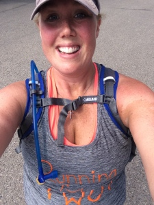 pregnant-runner-calgary-alberta-running-for-two-fish-creek-park
